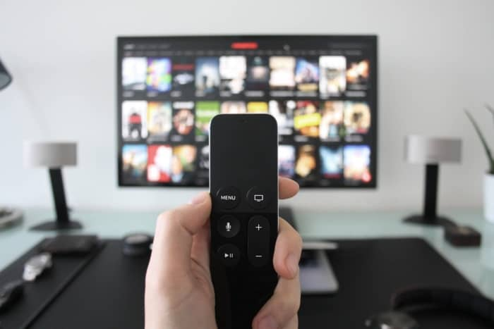 How to Connect a Samsung Smart TV to a Home Theater 2